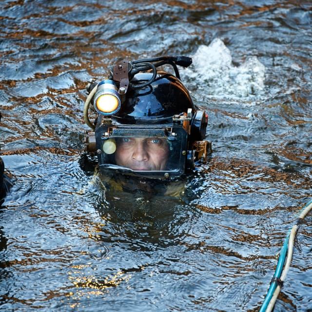 Bild på dykare